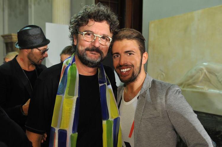 PH - Gianmarco De Pascalisi Alessandro Nicolì Cotugno con lo stilista Michele Gaudiomonte
